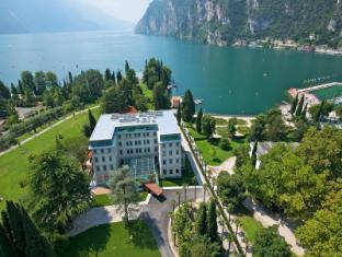 /ca-es/hotel-lido-palace/hotel/riva-del-garda-it.html?asq=jGXBHFvRg5Z51Emf%2fbXG4w%3d%3d