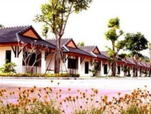 /ar-ae/bangrak-resort/hotel/nakhon-sawan-th.html?asq=jGXBHFvRg5Z51Emf%2fbXG4w%3d%3d