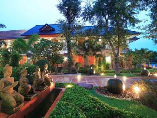 Juntra Resort