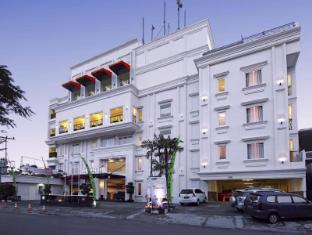 /ar-ae/hw-hotel-padang/hotel/padang-id.html?asq=jGXBHFvRg5Z51Emf%2fbXG4w%3d%3d