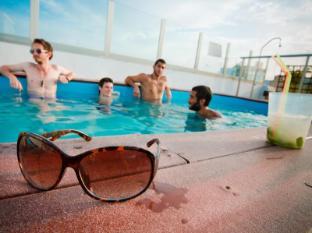 /de-de/oasis-backpackers-hostel-palace-sevilla/hotel/seville-es.html?asq=jGXBHFvRg5Z51Emf%2fbXG4w%3d%3d