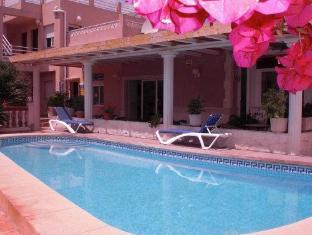 /it-it/hostal-residencial-la-paloma/hotel/calpe-es.html?asq=jGXBHFvRg5Z51Emf%2fbXG4w%3d%3d