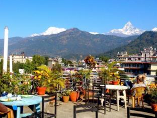 /sl-si/hotel-grand-holiday/hotel/pokhara-np.html?asq=jGXBHFvRg5Z51Emf%2fbXG4w%3d%3d