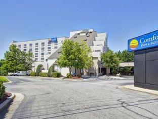 /ca-es/comfort-inn-and-suites-crabtree-valley/hotel/raleigh-nc-us.html?asq=jGXBHFvRg5Z51Emf%2fbXG4w%3d%3d