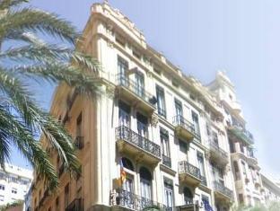 /ca-es/pension-universal/hotel/valencia-es.html?asq=jGXBHFvRg5Z51Emf%2fbXG4w%3d%3d