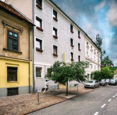 /it-it/hotel-mrak/hotel/ljubljana-si.html?asq=jGXBHFvRg5Z51Emf%2fbXG4w%3d%3d