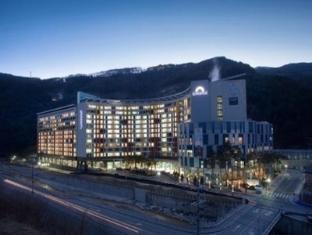 /de-de/mayhills-resort/hotel/jeongseon-gun-kr.html?asq=jGXBHFvRg5Z51Emf%2fbXG4w%3d%3d