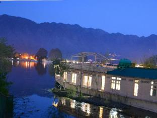 /ar-ae/peacock-houseboats/hotel/srinagar-in.html?asq=jGXBHFvRg5Z51Emf%2fbXG4w%3d%3d