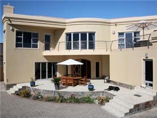 /bg-bg/royal-benguela-guesthouse/hotel/swakopmund-na.html?asq=jGXBHFvRg5Z51Emf%2fbXG4w%3d%3d