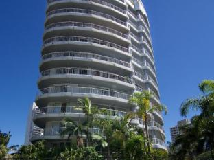 Surfers Mayfair Apartments