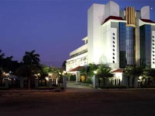 /ar-ae/grand-palace-stay/hotel/chidambaram-in.html?asq=jGXBHFvRg5Z51Emf%2fbXG4w%3d%3d