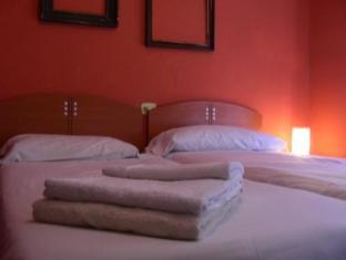 /ca-es/hostal-el-cid/hotel/valencia-es.html?asq=jGXBHFvRg5Z51Emf%2fbXG4w%3d%3d