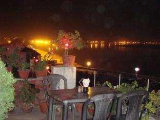 /bg-bg/rahul-guest-house/hotel/varanasi-in.html?asq=jGXBHFvRg5Z51Emf%2fbXG4w%3d%3d