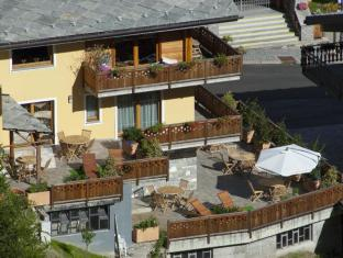 /it-it/miramonti-affittacamere-guest-house/hotel/valtournenche-it.html?asq=jGXBHFvRg5Z51Emf%2fbXG4w%3d%3d