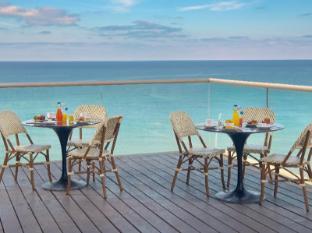 /ar-ae/leonardo-suite-tel-aviv-bat-yam-hotel-by-the-beach/hotel/bat-yam-il.html?asq=jGXBHFvRg5Z51Emf%2fbXG4w%3d%3d