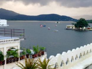 /de-de/hotel-aashiya-haveli/hotel/udaipur-in.html?asq=jGXBHFvRg5Z51Emf%2fbXG4w%3d%3d