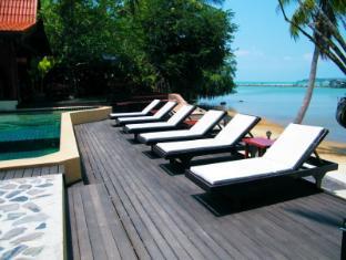 Cyana Beach Resort