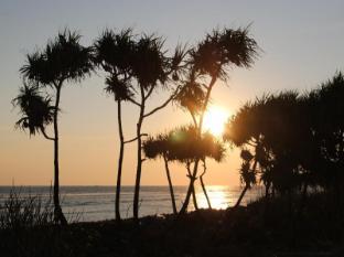 Birumeno Beach Bungalow