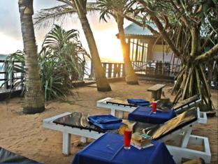 /ca-es/dalawella-beach-resort/hotel/unawatuna-lk.html?asq=jGXBHFvRg5Z51Emf%2fbXG4w%3d%3d