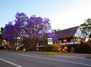 /ar-ae/treetops-seaview-montville-hotel/hotel/sunshine-coast-au.html?asq=jGXBHFvRg5Z51Emf%2fbXG4w%3d%3d