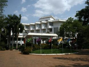 /ca-es/hotel-sangam-tanjore/hotel/thanjavur-in.html?asq=jGXBHFvRg5Z51Emf%2fbXG4w%3d%3d