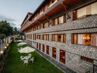Honeymoon Inn - Manali