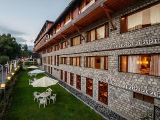 /ca-es/honeymoon-inn-manali/hotel/manali-in.html?asq=jGXBHFvRg5Z51Emf%2fbXG4w%3d%3d