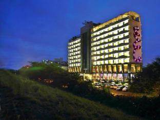 /de-de/the-fern-ahmedabad-hotel/hotel/ahmedabad-in.html?asq=jGXBHFvRg5Z51Emf%2fbXG4w%3d%3d