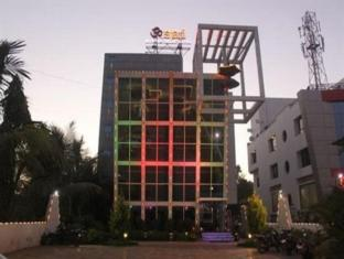 /da-dk/hotel-om-sai-international/hotel/shirdi-in.html?asq=jGXBHFvRg5Z51Emf%2fbXG4w%3d%3d
