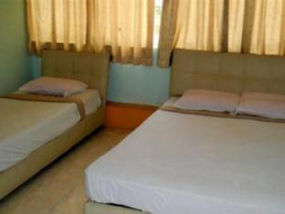 Jes Hotel