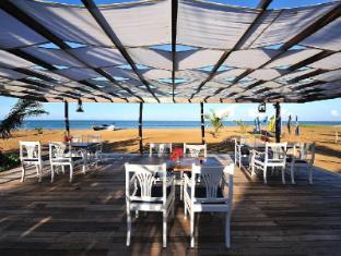 /cs-cz/dolphin-beach-resort/hotel/kalpitiya-lk.html?asq=jGXBHFvRg5Z51Emf%2fbXG4w%3d%3d