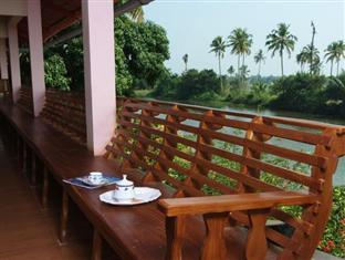 /da-dk/backwater-breeze-hotel/hotel/kumarakom-in.html?asq=jGXBHFvRg5Z51Emf%2fbXG4w%3d%3d
