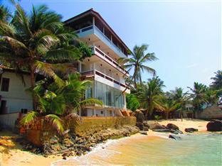 /ca-es/hotel-la-veranda-di-serena/hotel/unawatuna-lk.html?asq=jGXBHFvRg5Z51Emf%2fbXG4w%3d%3d