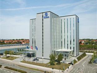 /et-ee/hilton-copenhagen-airport-hotel/hotel/copenhagen-dk.html?asq=jGXBHFvRg5Z51Emf%2fbXG4w%3d%3d