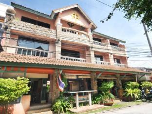 Casa Brazil Homestay & Gallery