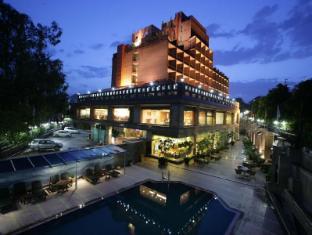 Jaypee Siddharth Hotel