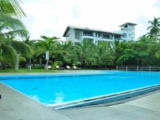 /da-dk/lagoon-paradise-beach-resort/hotel/tangalle-lk.html?asq=jGXBHFvRg5Z51Emf%2fbXG4w%3d%3d