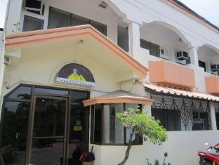 /bg-bg/pleasant-travelers-pension-house/hotel/bacolod-negros-occidental-ph.html?asq=jGXBHFvRg5Z51Emf%2fbXG4w%3d%3d