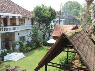 /cs-cz/fort-heritage/hotel/kochi-in.html?asq=jGXBHFvRg5Z51Emf%2fbXG4w%3d%3d