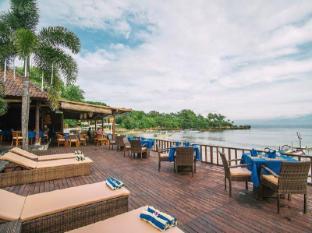 Bay Shore Hut's Lembongan