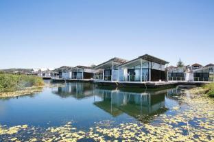 /de-de/caves-beachside-hotel/hotel/lake-macquarie-au.html?asq=jGXBHFvRg5Z51Emf%2fbXG4w%3d%3d