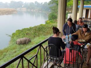 /hi-in/jungle-wildlife-camp/hotel/chitwan-np.html?asq=jGXBHFvRg5Z51Emf%2fbXG4w%3d%3d