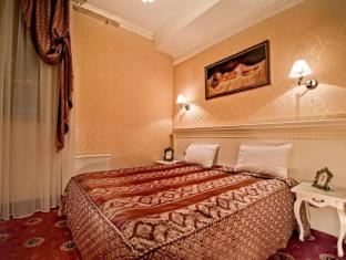 /vi-vn/royal-de-paris-hotel/hotel/kiev-ua.html?asq=jGXBHFvRg5Z51Emf%2fbXG4w%3d%3d