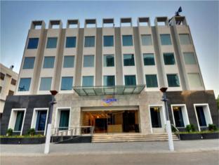 /de-de/platinum-hotel/hotel/rajkot-in.html?asq=jGXBHFvRg5Z51Emf%2fbXG4w%3d%3d