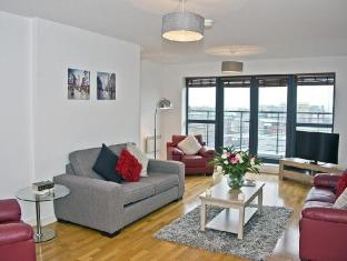 /et-ee/base-serviced-apartments-duke-street/hotel/liverpool-gb.html?asq=jGXBHFvRg5Z51Emf%2fbXG4w%3d%3d