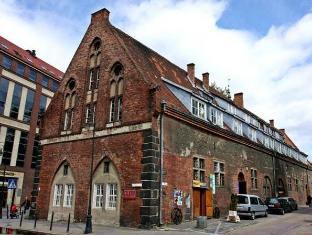 /it-it/hostel-universus-i-apartament/hotel/gdansk-pl.html?asq=jGXBHFvRg5Z51Emf%2fbXG4w%3d%3d