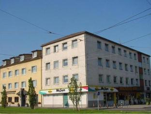 /lv-lv/hotel-kleinmunchen-garni/hotel/linz-at.html?asq=jGXBHFvRg5Z51Emf%2fbXG4w%3d%3d