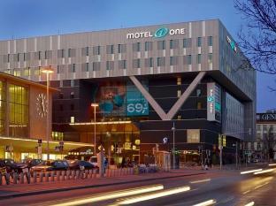 /lv-lv/motel-one-wien-westbahnhof/hotel/vienna-at.html?asq=jGXBHFvRg5Z51Emf%2fbXG4w%3d%3d
