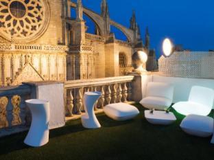 /hi-in/puerta-catedral-suites/hotel/seville-es.html?asq=jGXBHFvRg5Z51Emf%2fbXG4w%3d%3d