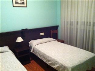 /ar-ae/hostal-hotil/hotel/la-coruna-es.html?asq=jGXBHFvRg5Z51Emf%2fbXG4w%3d%3d